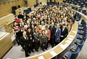 17 اسفند (8 مارس) روز جهانی زنان